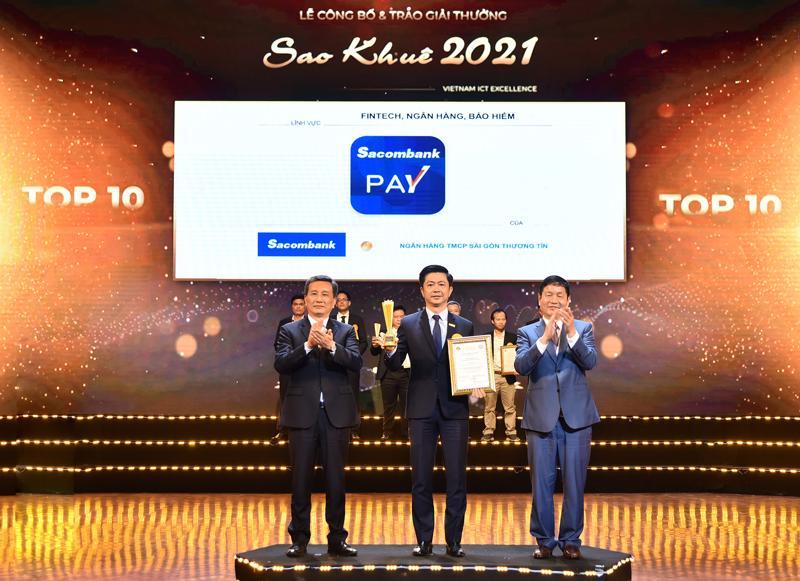 Ứng dụng Sacombank Pay là danh hiệu đặc biệt dành cho 10 sản phẩm, dịch vụ xuất sắc nhất của ngành phần mềm và dịch vụ công nghệ thông tin Việt Nam.