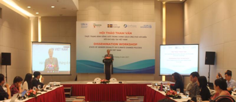 Hội thảo: Thực trạng lồng ghép giới trong chính sách ứng phó với biến đổi khí hậu tại Việt Nam