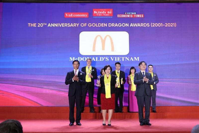 Đại diện McDonald's Việt Nam trong chương trình Rồng Vàng