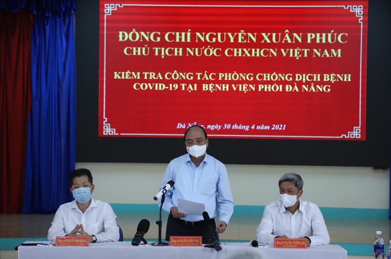 Chủ tịch nước Nguyễn Xuân Phúc tại buổi làm việc - Ảnh: VGP