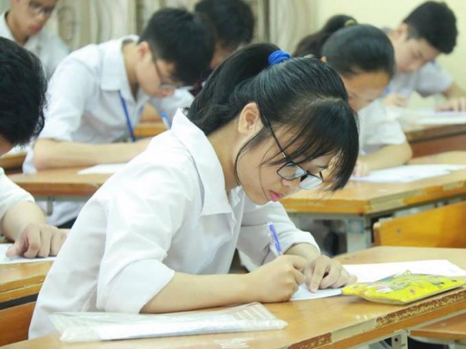 Học sinh chuẩn bị bước vào một kỳ thi quan trọng
