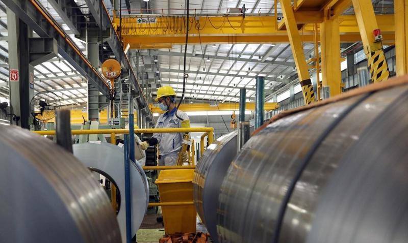 Nhập khẩu sắt thép 4 tháng đầu năm 2021 tăng cả sản lượng và giá trị