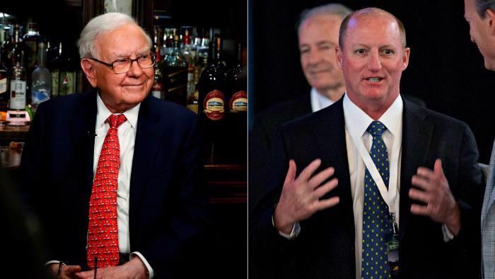 Tỷ phú Warren Buffett (ảnh trái) và Greg Abel - Ảnh: FT