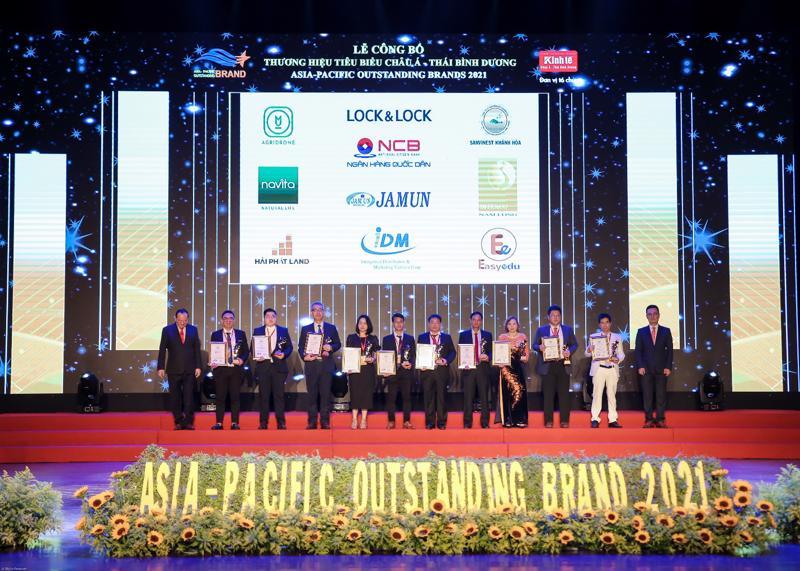 Giải thưởng Top 10 Thương hiệu tiêu biểu Châu Á Thái Bình Dương 2021 sẽ là dấu ấn để Easy Edu cố gắng hơn nữa trong tương lai cả về chất lượng sản phẩm lẫn dịch vụ.