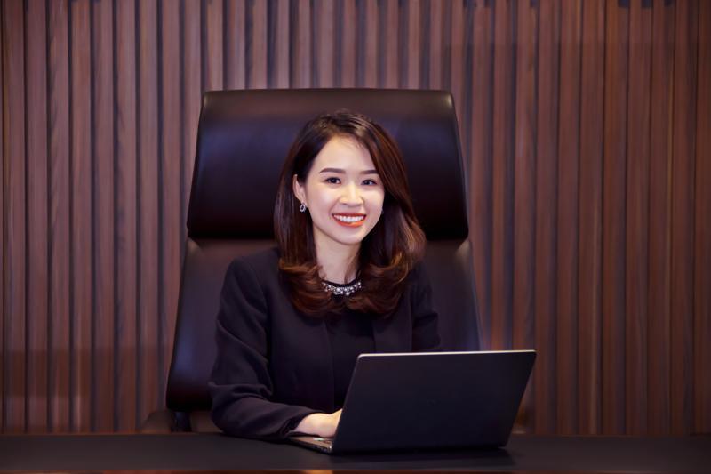 Bà Trần Thị Thu Hằng đảm nhiệm vị trí Chủ Tịch HĐQT Kienlongbank (KSBank) nhiệm kỳ 2018-2022.