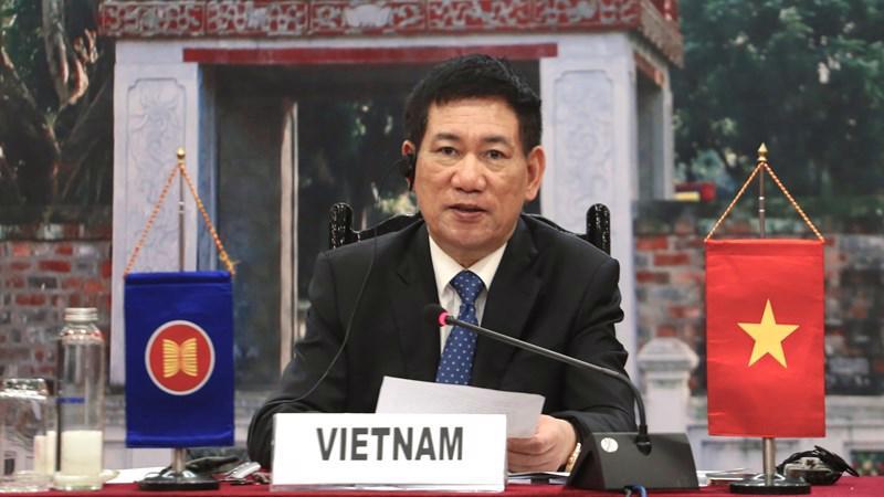 Bộ trưởng Bộ Tài chính Hồ Đức Phớc mong muốn thấy kết quả tích cực từ các sáng kiến mới của CMIM và ABMI trong thời gian tới.