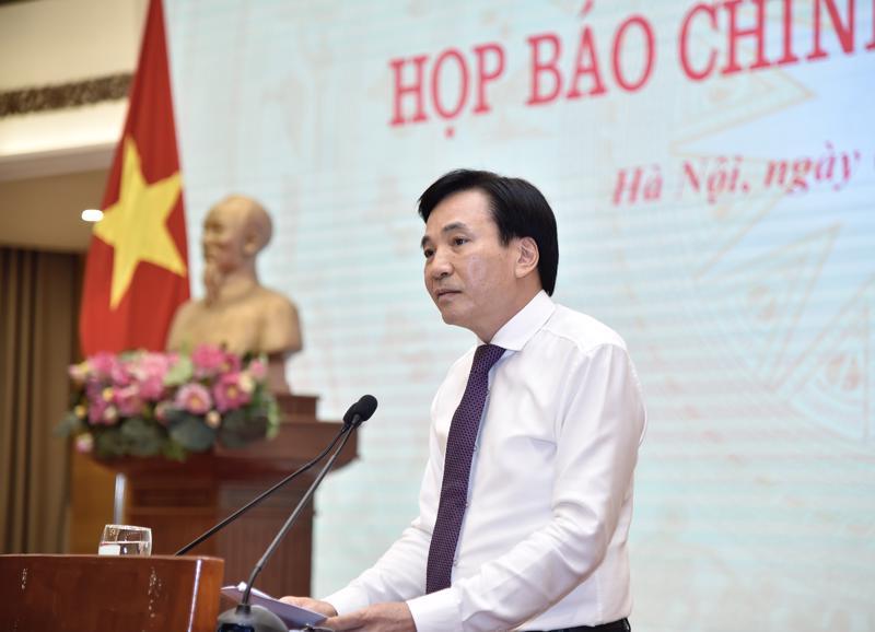Bộ trưởng, Chủ nhiệm Văn phòng Chính phủ, Trần Văn Sơn phát biểu tại họp báo - Ảnh: VGP