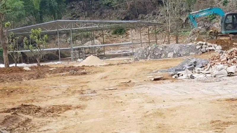 Đã có nhiều vụ vi phạm về đất đai ở Lương Sơn.
