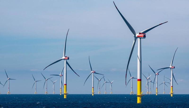 Khi hoàn thành, trang trại điện gió ngoài khơi lớn nhất thế giới của Hàn Quốc sẽ tạo ra 6 gigawatts điện mỗi năm - Ảnh: EPA