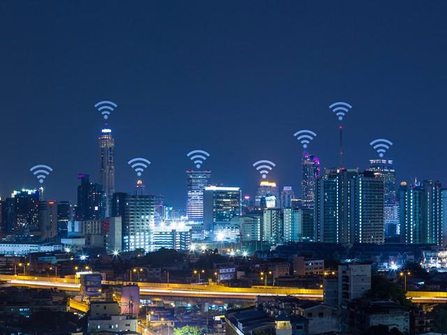 Mô hình thành phố siêu thông minh trên nền tảng hạ tầng 6G.