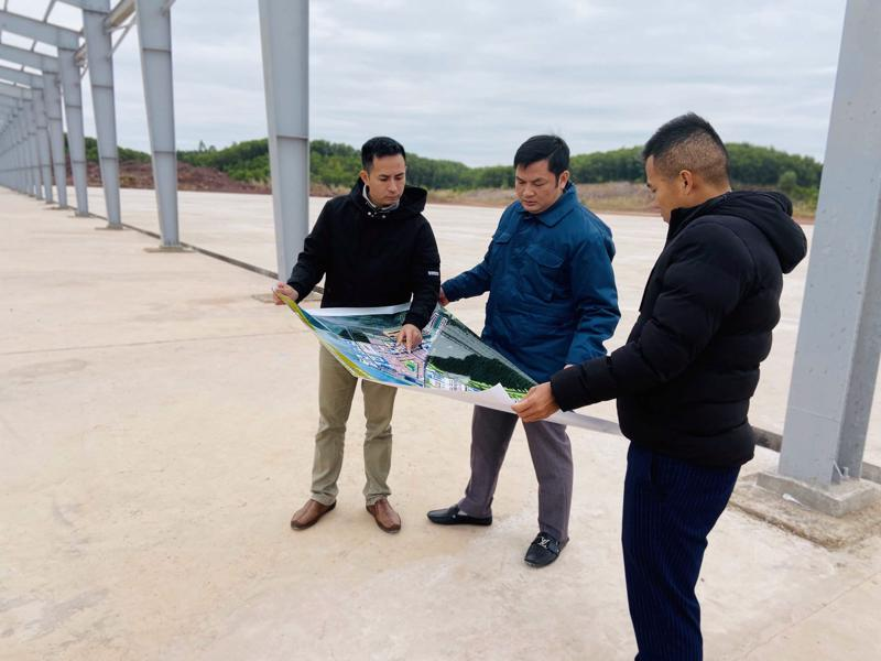 Thành phố Móng Cái khảo sát địa điểm đề xuất xây dựng Trung tâm Giao dịch nông sản.