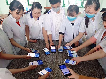 Số người dùng tải ứng dụng Bluezone tăng mạnh