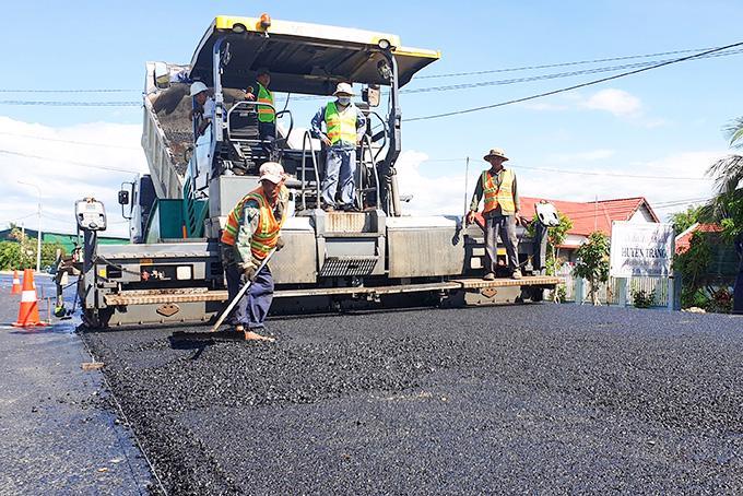 Nhiều đoạn trên Quốc lộ 26 bị hư hỏng, phải sửa chữa, nâng cấp nhiều lần.