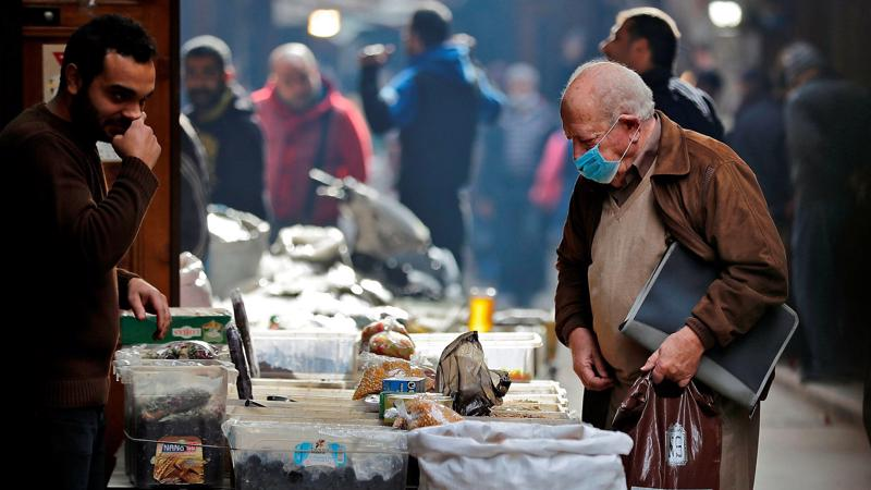 Chỉ trong một năm, giá thực phẩm tại Lebanon đã tăng tới 350% và vẫn chưa có dấu hiệu ngừng lại - Ảnh: Financial Times.