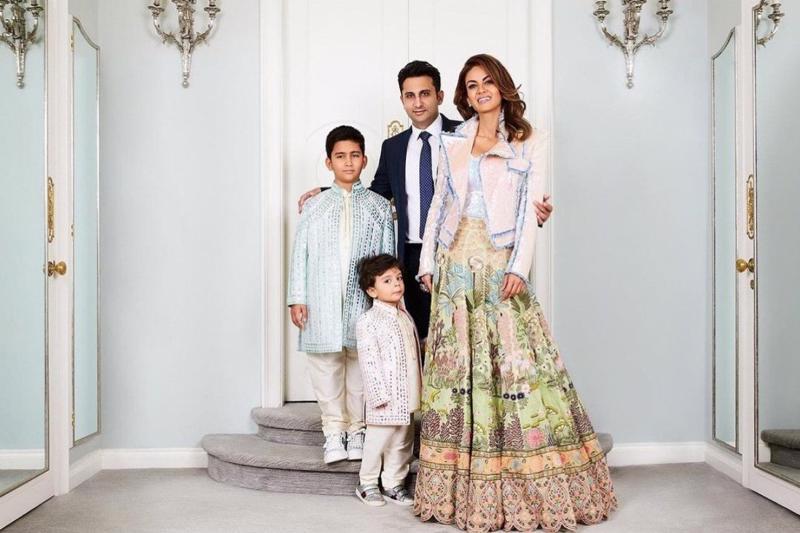 Gia đình Aadhaar và Natasha Poonavalla - Ảnh: Instagram.
