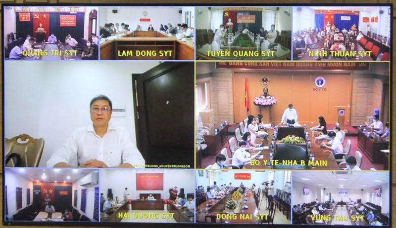 Cuộc họp trực tuyến Hướng dẫn triển khai xét nghiệm SARS-CoV-2 diễn ra ngày 14/5.