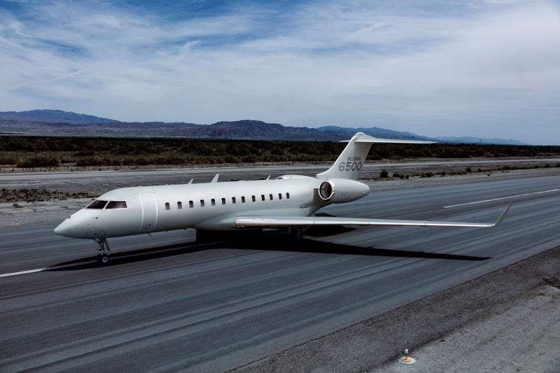 Máy bay phản lực Bombardier Global 6500 - Ảnh: Reuters.