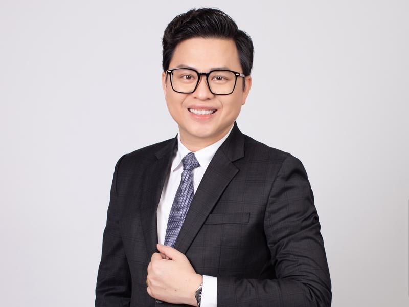 Trước khi công tác tại SCB, ông Hoàng đã từng đảm nhiệm nhiều vị trí chủ chốt ở các tập đoàn lớn.
