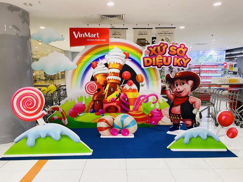 """VinMart và VinMart+ tưng bừng tổ chức Children Fair với chủ đề """"Xứ sở diệu kỳ""""."""