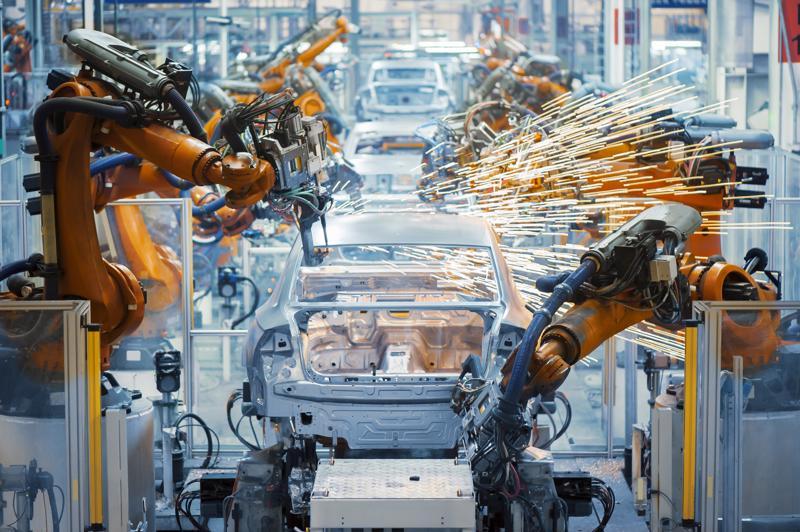 Sản xuất công nghiệp là ngành mang lại giá trị gia tăng cao.