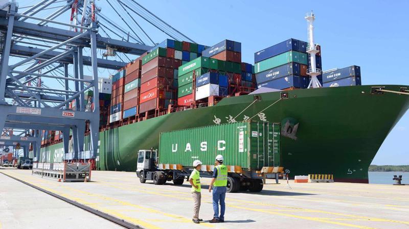Dịch bệnh Covid – 19 diễn biến phức tạp làm ảnh hưởng không nhỏ đến hoạt động xuất nhập khẩu hàng hoá...