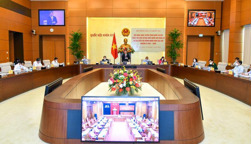 Cuộc họp trực tuyến của Hội đồng Bầu cử Quốc gia sáng 18/5 dưới sự chủ trì của Chủ tịch Quốc hội Vương Đình Huệ - Ảnh: VGP.