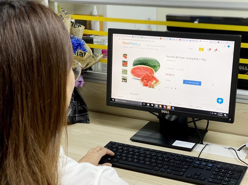 Nhiều nông sản được bán trên sàn thương mại điện tử.