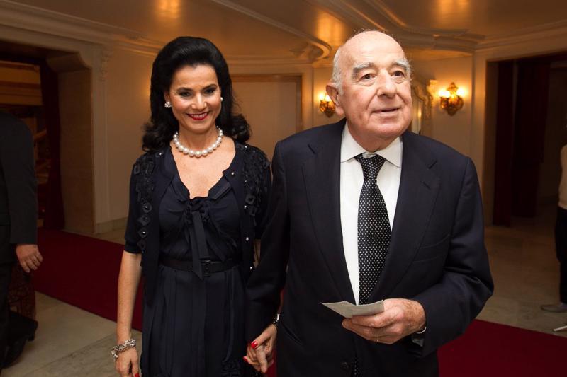 Vợ chồng tỷ phú ngành ngân hàng Joseph và Vicky Safra.
