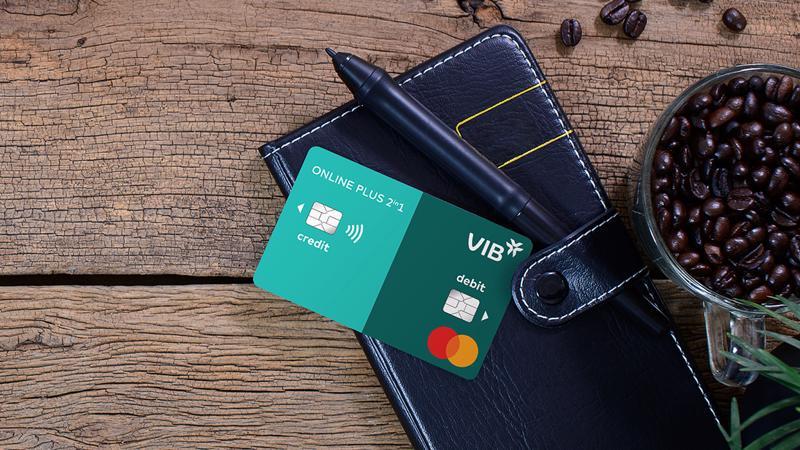 Dòng thẻ VIB Online Plus 2in1 tích hợp 2 tính năng riêng biệt của thẻ tín dụng và thẻ thanh toán.