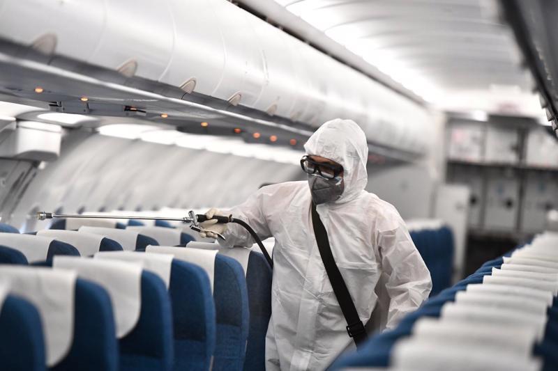 Giám đốc các đơn vị tại sân bay chịu hoàn toàn trách nhiệm nếu để xảy ra lây nhiễm dịch bệnh trong phạm vi phụ trách.