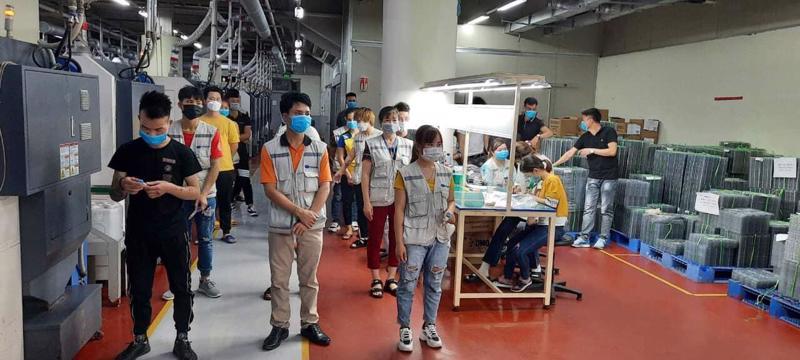 Công nhân tại một khu công nghiệp của tỉnh Bắc Giang. Ảnh - Đình Anh.