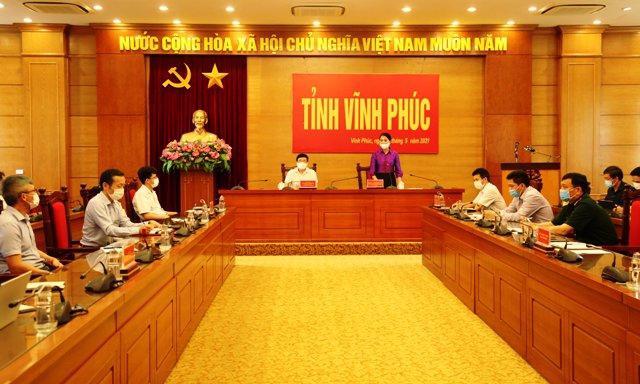Vĩnh Phúc họp bàn các biện pháp phòng chống dịch tại các khu công nghiệp. Ảnh: Khánh Linh.
