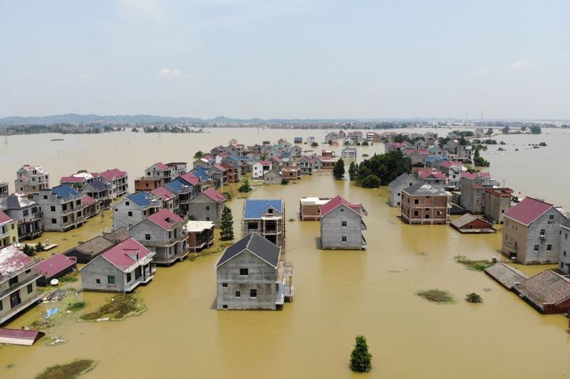 Một trận lụt ở Giang Tây, Trung Quốc, tháng 7/2020 - Ảnh: Reuters.