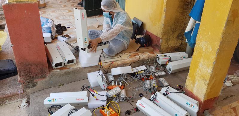 Viettel đã huy động nguồn lực để lắp đặt thêm 1.000 camera trong 5 ngày tại 125 xã ở tỉnh Bắc Giang.