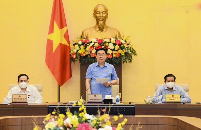 Chủ tịch Quốc hội Vương Đình Huệ phát biểu tại phiên họp - Ảnh: Quochoi.vn.