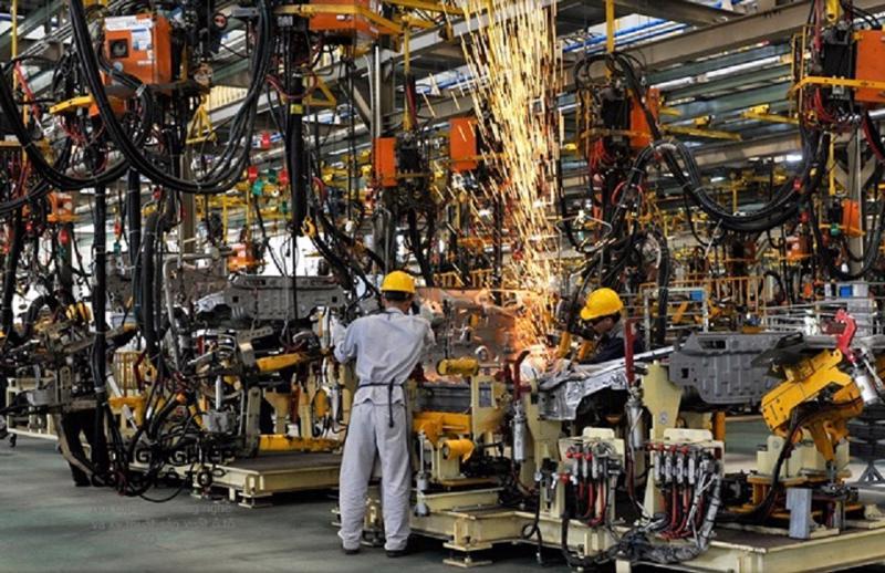 Sản xuất công nghiệp vẫn tăng trong bối cảnh dịch Covid-19 diễn biến phức tạp.