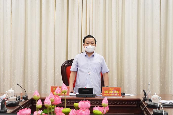 Phó Chủ tịch UBND TP Hà Nội Chử Xuân Dũng phát biểu chỉ đạo tại hội nghị chiều 30/5.