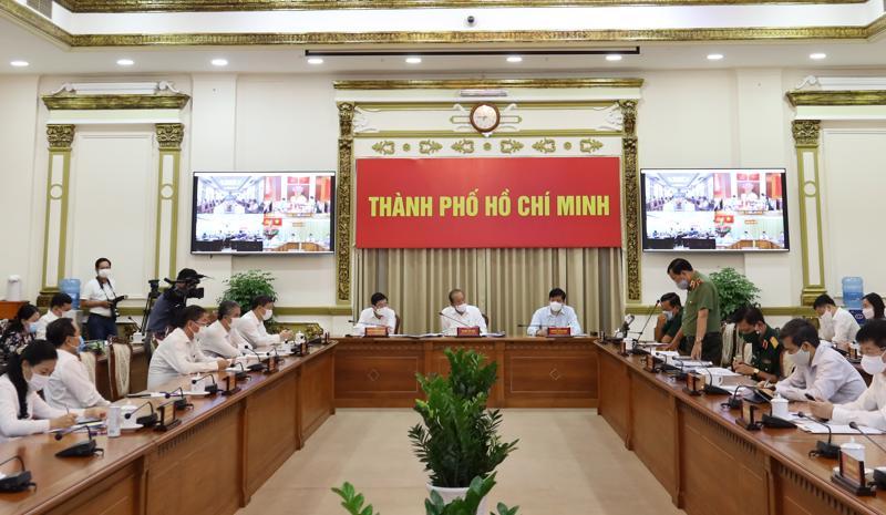 Phó Thủ tướng Thường trực Trương Hoà Bình chủ trì cuộc họpvới lãnh đạo TP.HCM về công tác phòng, chống dịch Covid-19 trên địa bàn thành phố.