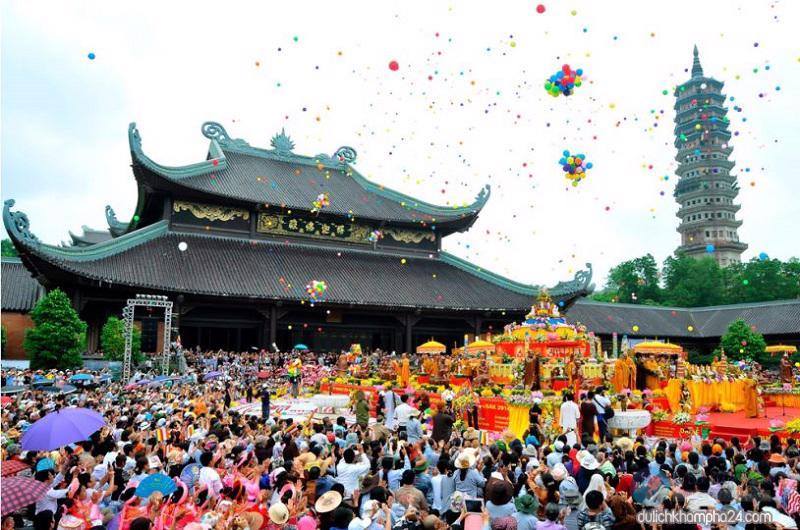 Đây là tuyến đường kết nối trung tâm Hà Nội tới vùng du lịch tâm linh nổi tiếng như khu du lịch Tam Chúc, chùa Bái Đính.