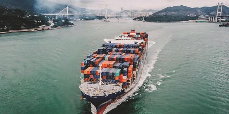 Trong 5 tháng đầu năm 2021, tổng trị giá xuất nhập khẩu hàng hoá của Việt Nam dự kiến đạt 261,75 tỷ USD