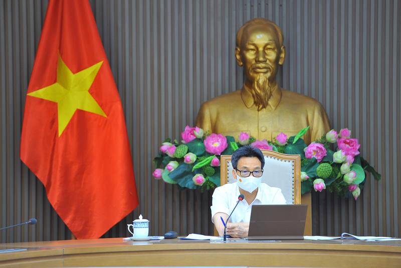 Phó Thủ tướng Vũ Đức Đam, Trưởng Ban Chỉ đạo chủ trì cuộc họp trực tuyến với Tp.HCM, Bắc Giang và Bắc Ninh. Ảnh - VGP/Đình Nam.