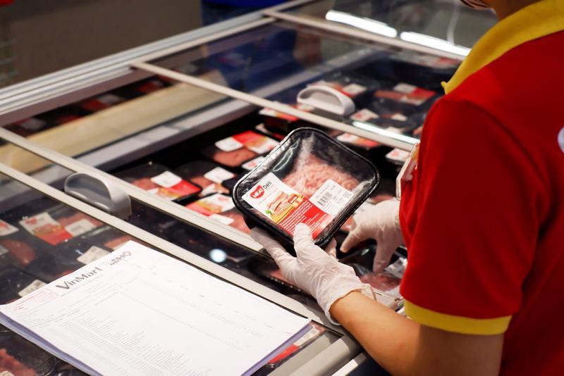 Thịt mát MEATDeli tại hệ thống siêu thị VinMart .