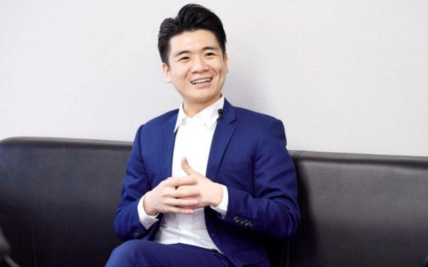 Ông Đỗ Quang Vinh là con trai lớn của ông Đỗ Quang Hiển (bầu Hiển), chủ tịch ngân hàng SHB.