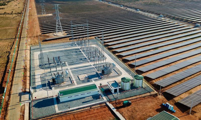 Việc phát triển mất cân đối do tăng trưởng quá nhanh và quá nóng điện mặt trời như năm 2020, vượt quá yêu cầu mà Quy hoạch điện VII điều chỉnh, đã dẫn đến một số vấn đề bất cập về mặt kỹ thuật.
