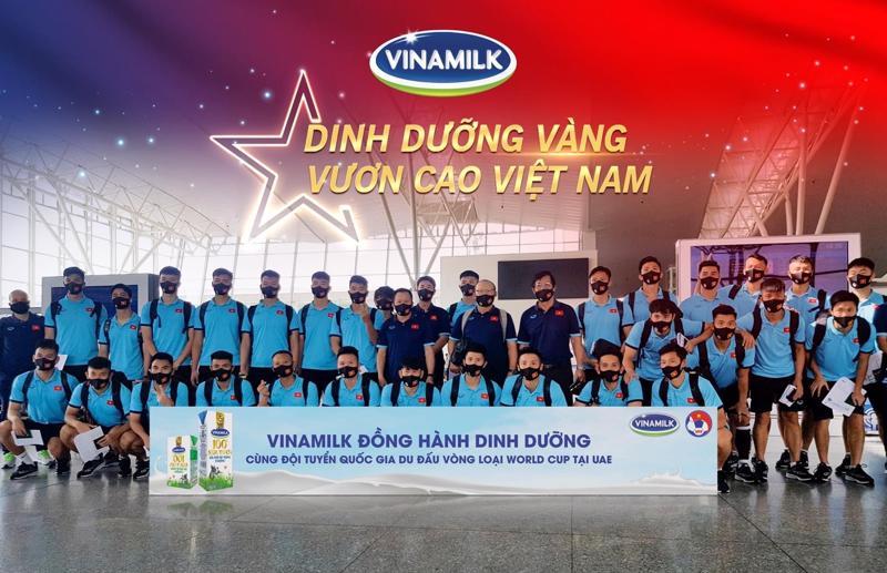 Vinamilk tự hào mang đến nguồn dinh dưỡng vàng đồng hành cùng đội tuyển quốc gia du đấu vòng loại World Cup tại UAE.