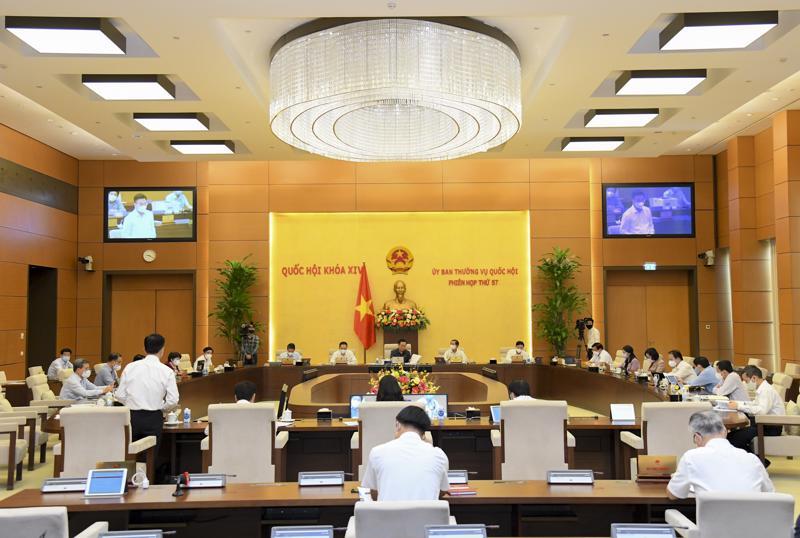Phiên họp 57 của Ủy ban Thường vụ Quốc hội - Ảnh: Quochoi.vn