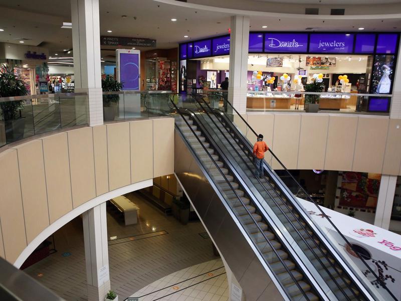 Bên trong một trung tâm thương mại do Washington Prime Group sở hữu và vận hành - Ảnh: LA Times.