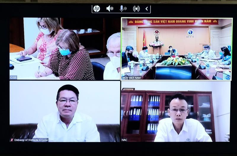 Bộ trưởng Nguyễn Thanh Long làm việc trực tuyến về vấn đề cung ứng vaccine phòng Covid-19 do Cuba sản xuất và chuyển giao công nghệ sản xuất, đóng ống vaccine này tại Việt Nam.