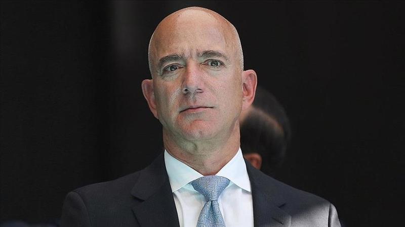 """Quan niệm """"bản chất của con người là lười biếng"""", Jeff Bezos quản trị nhân sự Amazon thế nào?"""