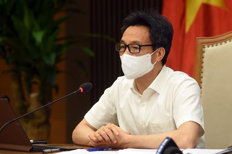Phó Thủ tướng Vũ Đức Đam chủ trì cuộc họp trực tuyến với TP.HCM chiều 17/6. Ảnh - VGP/Đình Nam.
